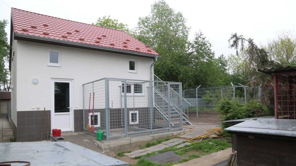 Objekt pro nemocné a opuštěné psy - Neředín, Olomouc